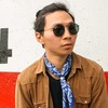 RAY BAN 的 SUNGLASSES