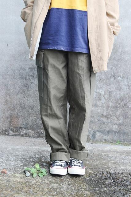 古着屋OREO SHAKE 的 軍褲