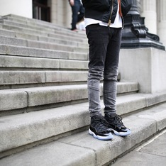 PENSHOPPE 的 窄管牛仔褲