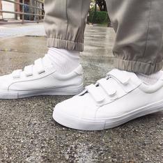 無品牌 的 白布鞋