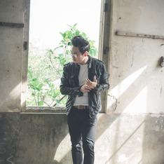 NUDIE JEANS 的 黑色牛仔褲