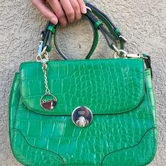 DKNY 的 包包