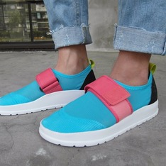 PEOPLE FOOTWEAR 的 AQUA LENNON