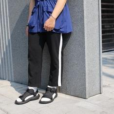 50%  FIFTY PERCENT 的 撞色配條長褲