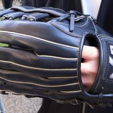 HATAKEYAMA 的 棒球手套