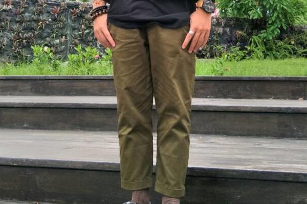 BANNAN 的 反摺褲