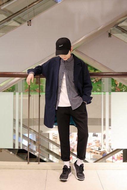 ZOIS 佐伊 的 深藍色寬鬆落肩長版西裝外套