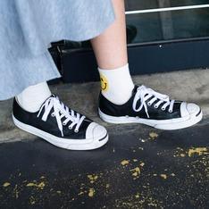 無品牌 的 休閒鞋