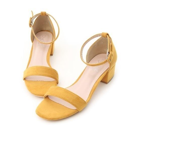 D+AF 的 一字繫踝方頭低跟涼鞋