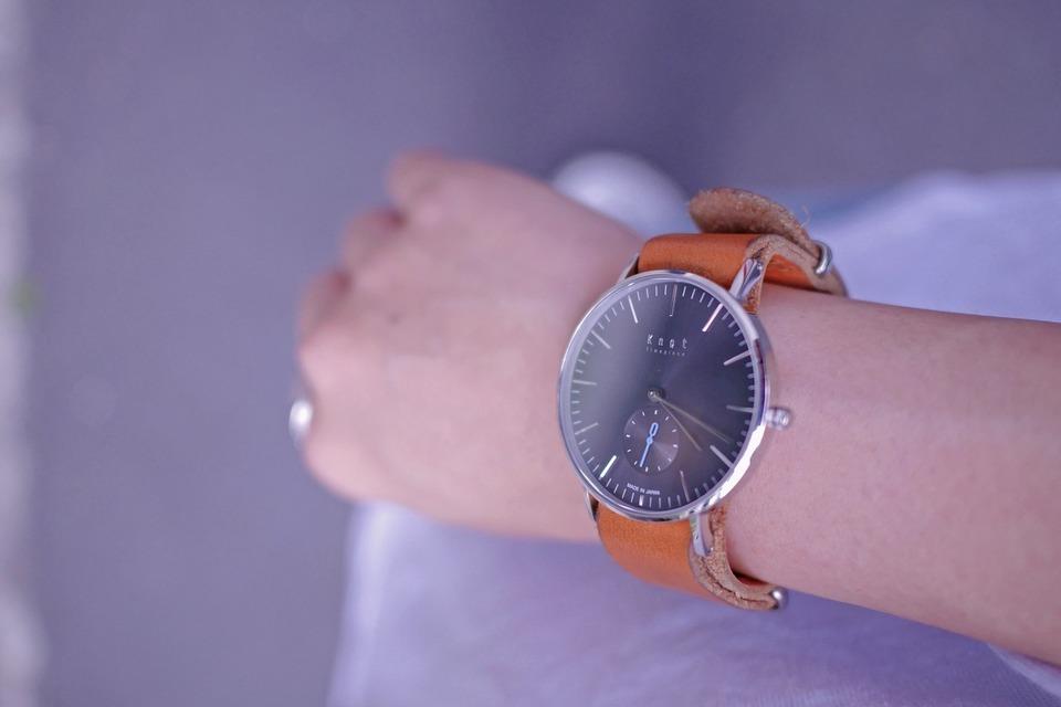 KNOT 的 手錶