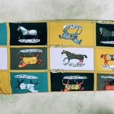 蝦皮 的 小馬圖案領巾
