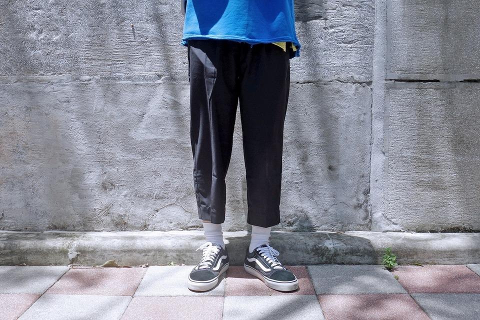 COP BY PLAIN-ME 的 八分西裝褲