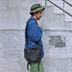 JOURNAL STANDARD X PLAIN-ME 的 軍用包