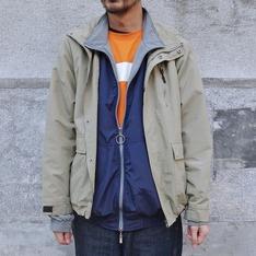 COP BY PLAIN-ME 的 OUTDOOR外套