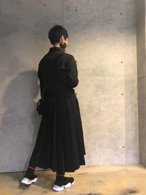 GROUNDY 的 黑色襯衫洋裝