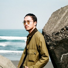 OLIVER PEOPLES 的 眼鏡
