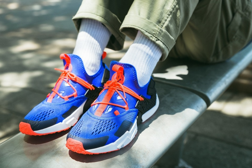 NIKE 的 NIKE AIR HUARACHE DRIFT BREATHE