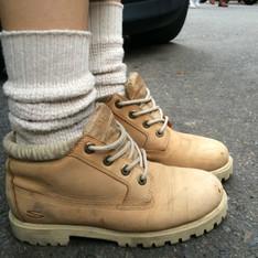 SKECHERS 的 登山靴