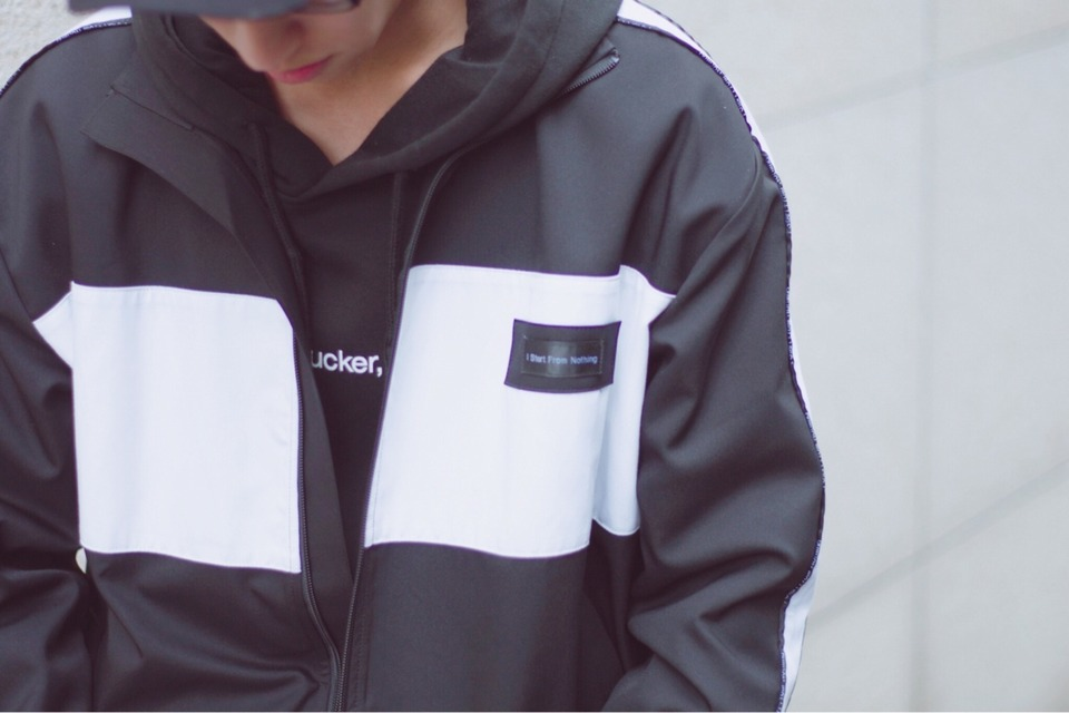 FAMT 的 FAMT HOODIE