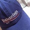 BALENCIAGA 的 帽子