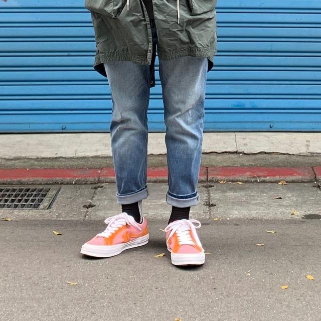 CONVERSE 的 鞋子